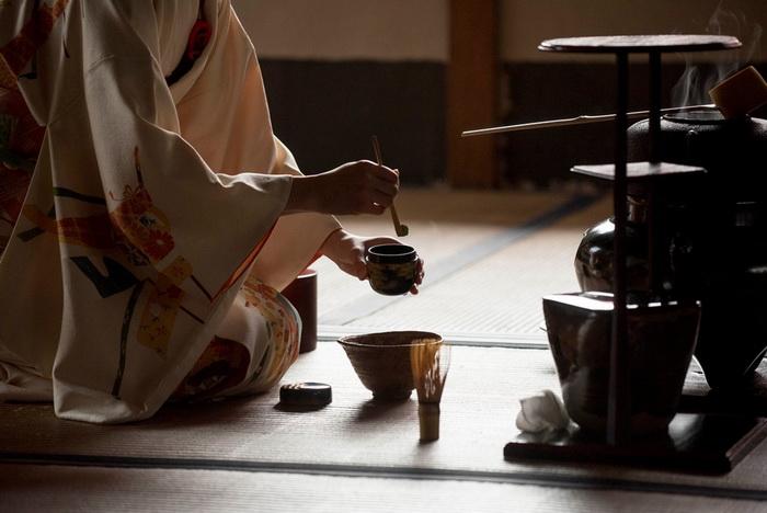 Смысл проведения чайной церемонии - в медитации
